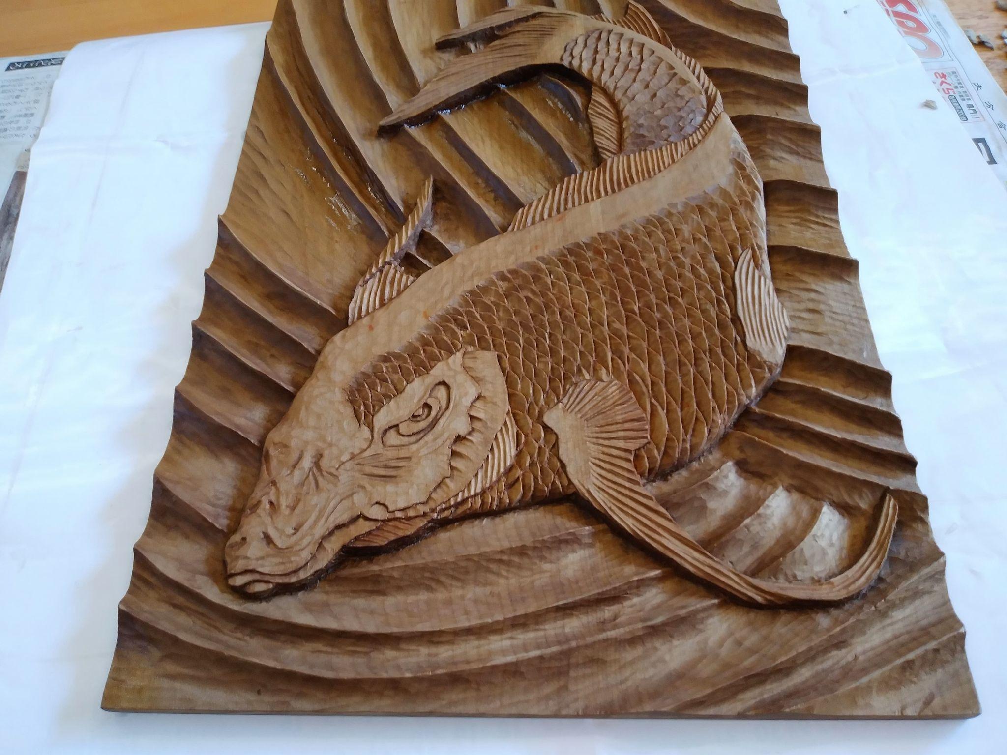 【制作実績】木彫作品『鯉から龍』完成2